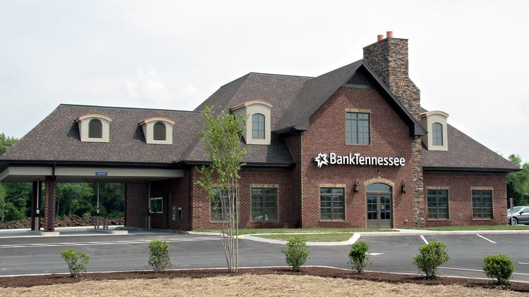 Designed by Greg Mayo with Mayo Architecture and built by 5 Bravo Construction, BankTennessee's new office in Lebanon will serve as its Middle Tennessee headquarters.