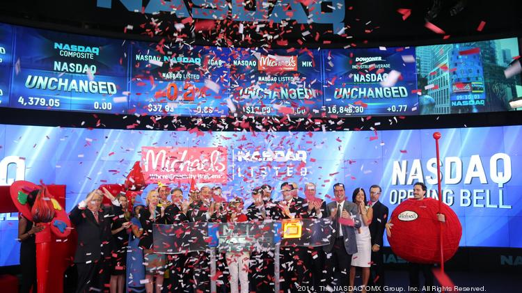 The Michaels Cos. team celebrates its first day trading on the Nasdaq.