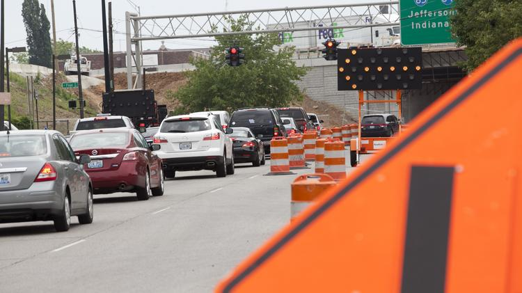 A series of overnight closures are set to begin this weekend and last up to the holiday weekend as work continues on the Ohio River Bridges Project.