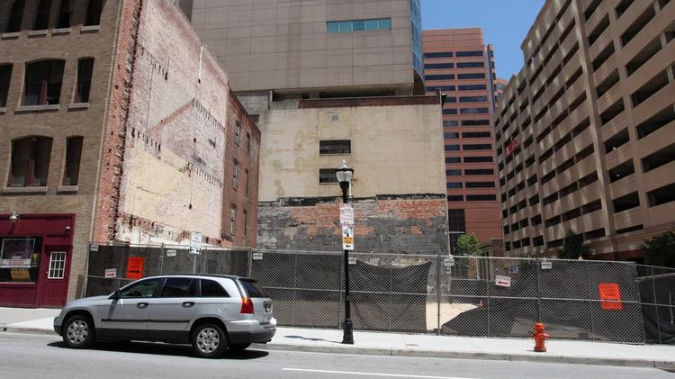 The Downtown Partnership of Baltimore hopes to spruce up a blight stretch along Calvert Street.
