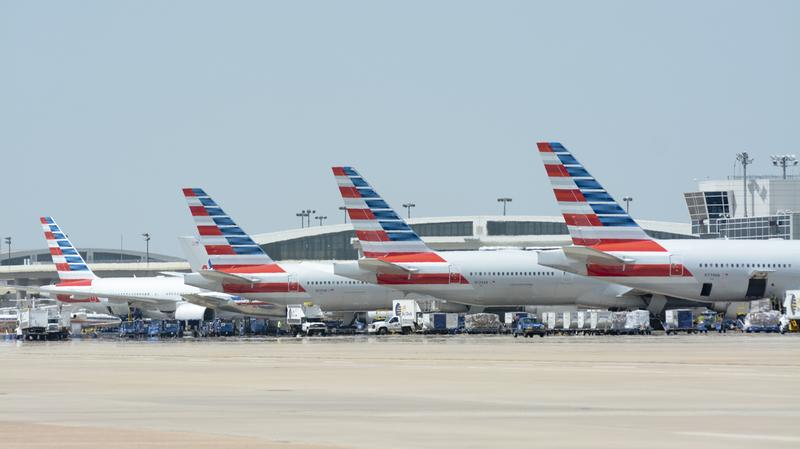 American Airlines @ DFW  JLD 6374