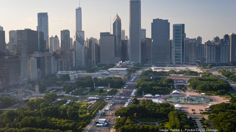 Heavy rains flooded parts of Chicago's Grant Park on Saturday, forcing city officials to shut down Taste of Chicago for the entire day.