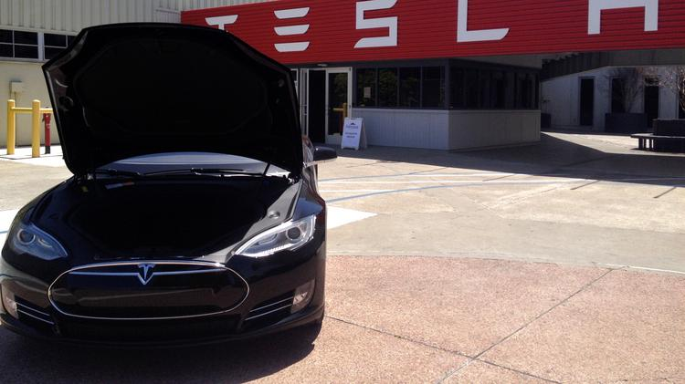 California Senator Wants To Revoke Tesla Rebate