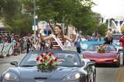 Miss Kentucky 2012, Jessica Casebolt waves to the crowd.