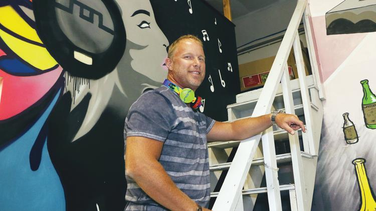 Scott Hix may be president of the fast-growing headphones brand Sol Republic, but he began his career working as a janitor at InFocus, the Wilsonville projector manufacturer founded by his dad and uncle.