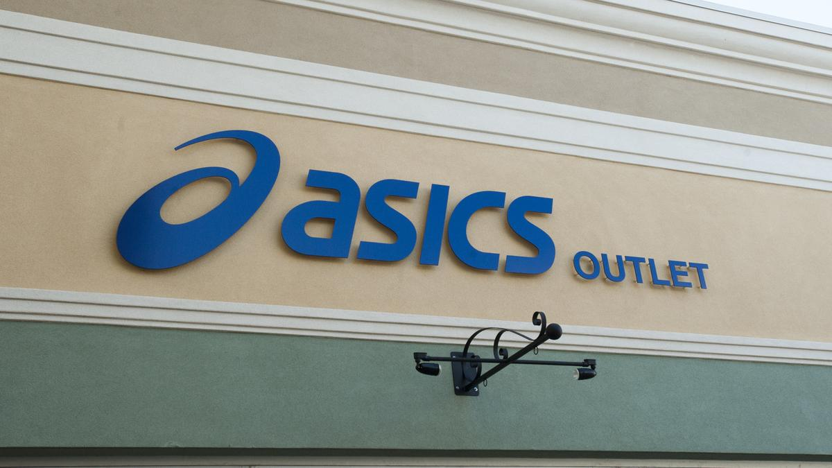 asic outlet mall