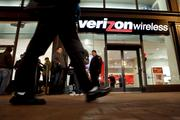 No. 2: Verizon Wireless (NYSE:VZ) has the second-best wireless network in Charlotte, according to a pair of independent studies by RootMetrics and PC Mag. RootMetrics ranks Verizon No. 2 overall with a score of 97. PC Mag says the carrier's download speeds in Charlotte average 10.5Mbps and maxed out at 42Mbps.