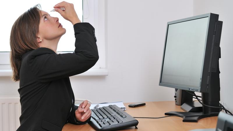 How to prevent eye strain that comes with looking at screens all day
