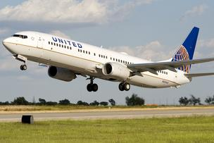 United Airlines to offer buyouts to flight attendants – Chicago Business Journal