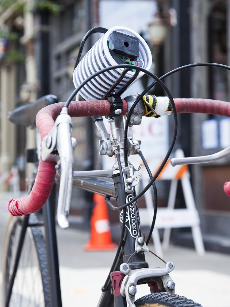 The mobile air sensor developed by Durham Labs can be clipped on to a bike to collect data on various routes.