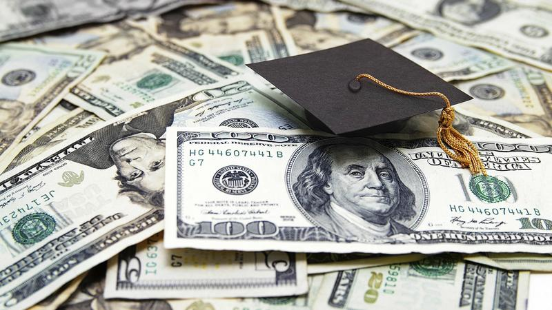 How to avoid expensive errors when paying for college