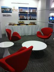 A sitting area for collaboration and small meetings inside Ziegler Cooper's new office at 700 Louisiana.