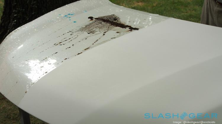 Ultra-Ever Dry coating applied to Nissan cars repels water and dirt.
