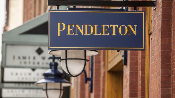 Portland-based Pendleton Woolen Mills is opening a new store at the Troutdale outlet mall.