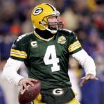 Packers to induct <strong>Favre</strong> into team Hall of Fame, retire No. 4