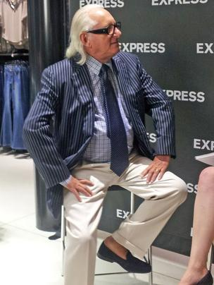 Express CEO is stepping down in January.