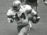 Robert Newhouse was a powerful runner, known for his work as lead blocker ahead of Hall of Fame running back Tony Dorsett.