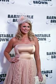Country music singer Miranda Lambert posed for photos on the red carpet at The Barnstable Brown Gala.