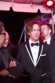 Larry Birkhead made a quick stop on the red carpet before heading into the Barnstable Brown Gala.