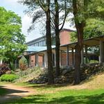 Skidmore College marks completion of solar panel project