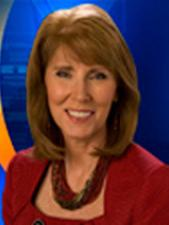 WKRC-TV anchor Kit Andrews announced on Friday she is leaving the station after 33 years.