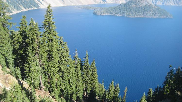 Click through to take a look to see where Crater Lake ranks, in terms of size, among all Oregon national parks.