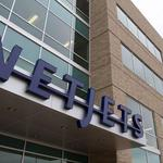 NetJets reaches deal with pilots, ending Berkshire Hathaway distraction
