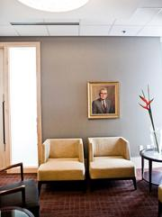 A client meeting space outside of the Nashville Room.