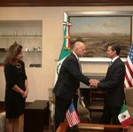 <strong>Brown</strong>, Mexican leaders sign environmental partnership pact