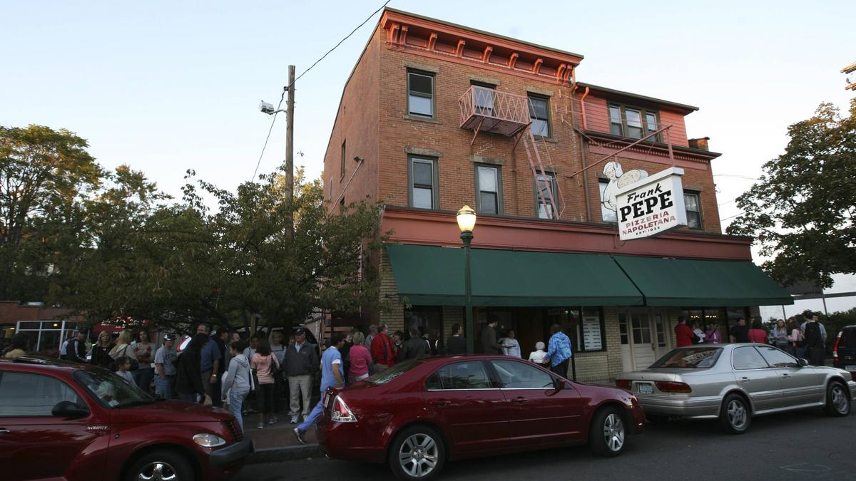 pepe u0027s pizzeria entering greater boston with lease for brookline