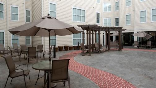 The Stratum on Highland luxury student housing complex near the University of Memphis has a new owner.
