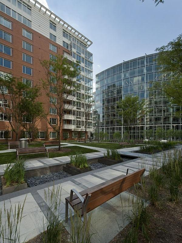 Boston Properties has pulled The Avenue near Washington Circle off the market after talks with an interested buyer fell through.