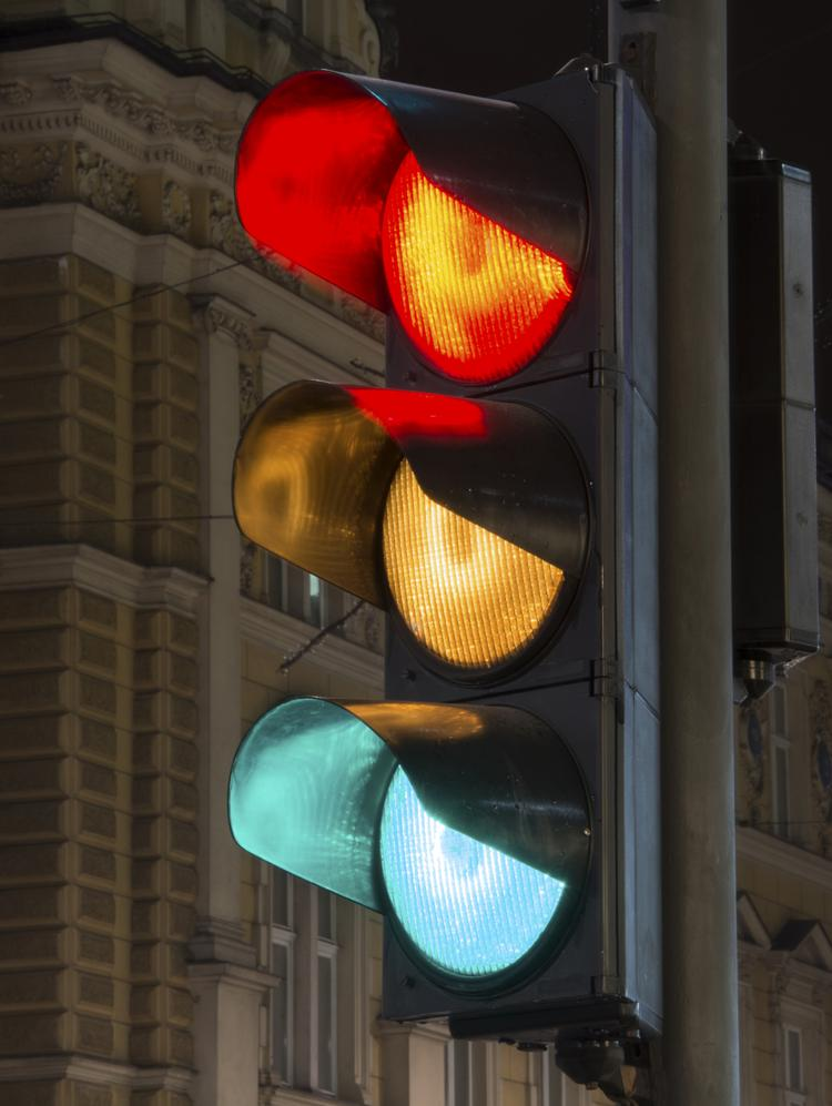 Fewer small businesses saw a red light in July when it comes to the economy, but not many saw green. Most still see a yellow caution light.