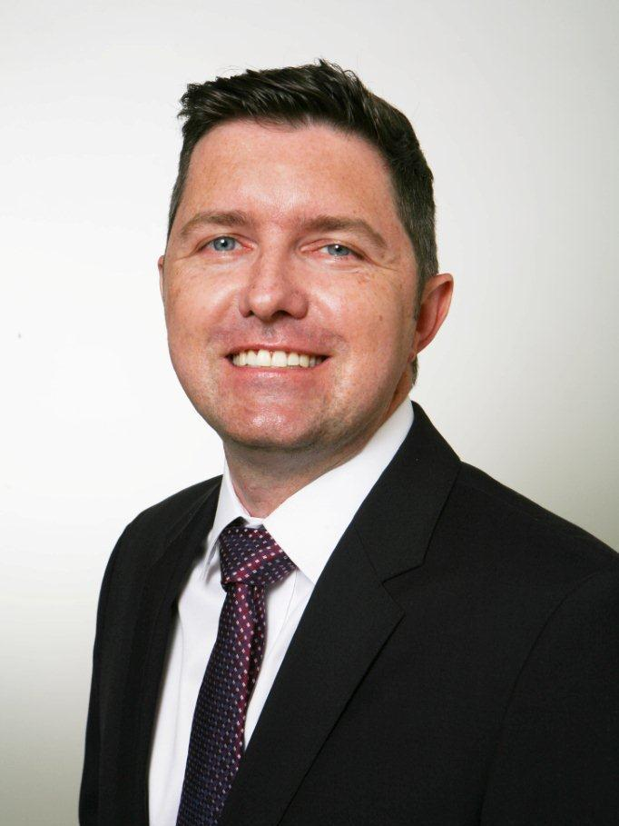 Shire has appointed Scott Hunter as marketing director of the newly formed Ophthalmics business, working out of the drug giant's Lexington headquarters.