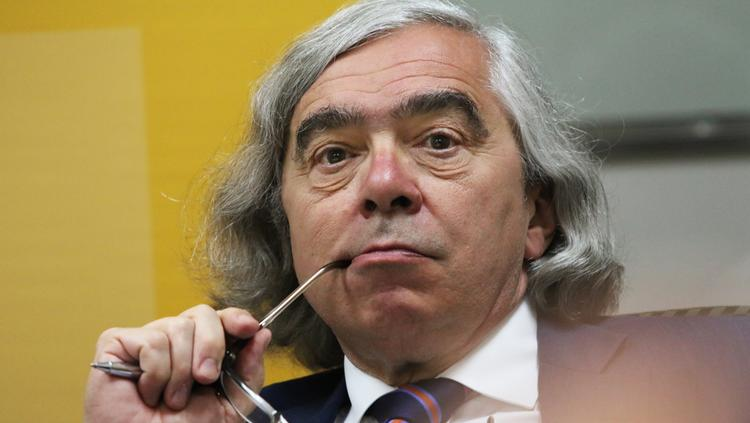 U.S. Secretary of Energy Ernest Moniz on Monday joined a bevy of leaders in the city's technology-transfer arena for some frank discussion about the future of technology transfer in New Mexico.