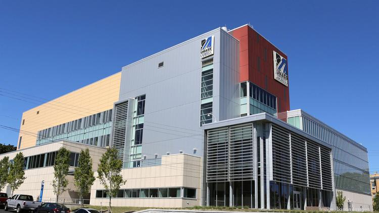 Raytheon and UMass Lowell have partnered on a research lab that will develop flexible technologies.
