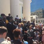 <strong>Al</strong> <strong>Sharpton</strong>: 'If you want justice, throw your arms up' (Video)