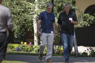 Tim Cook and SVP Eddy Cue