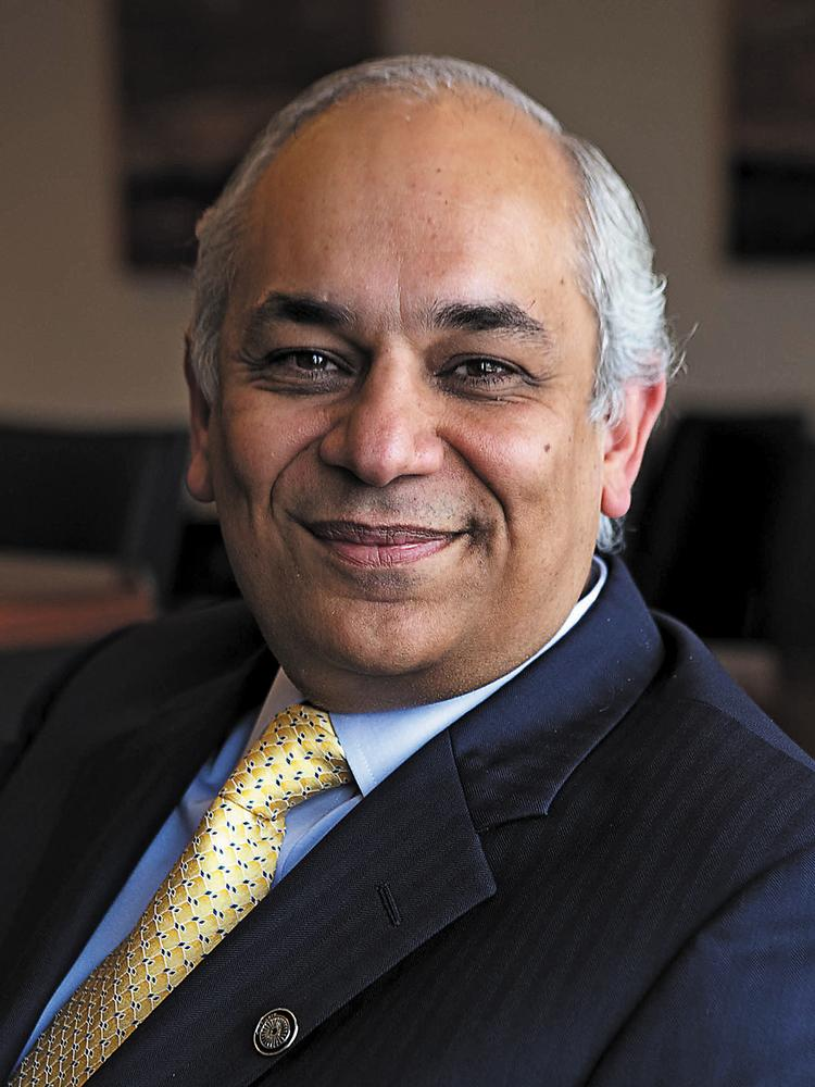Nitin Sahney Age: 51 Title: Omnicare CEO Resides: Indian Hill Family: Wife, Michele; daughters, Meera and Mona Education: The Doon School in Dehra Dun, India (age 5 to 18); bachelor's degree in economics from Punjab University in India (1983); master's in business administration from Clarion University of Pennsylvania (1990). Languages: English, Hindi, Urdu and Dari. Career path: Promoted to CEO of Omnicare on June 30, 2014. Became president of Omnicare in 2012. Led design and formation of its Specialty Care Group in 2010. Managed a personal health care investment fund from 2008 to 2010. Founded RxCrossroads and served as CEO from 2001 until 2007 (the specialty pharmaceutical services firm was acquired by Omnicare in 2005 for $235 million). Previously held variety of leadership positions with Cardinal Healthcare of Dublin, Ohio. Also worked for Caremark in Columbus and in finance in New York.