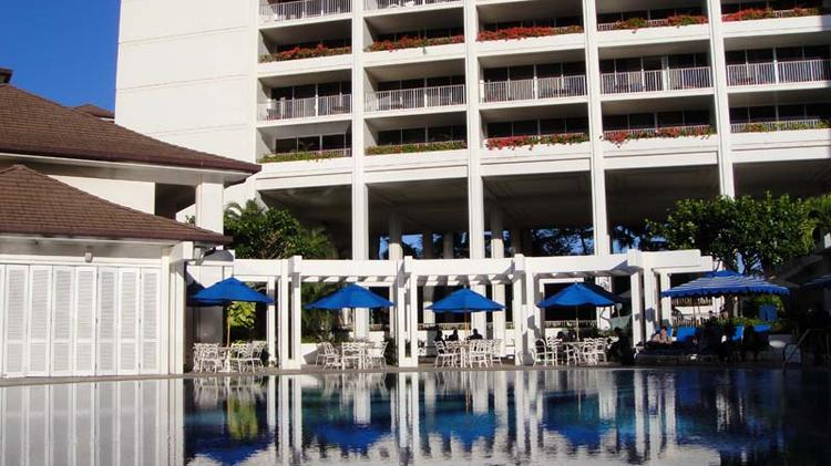 Marriott says it is working to help employees who will be displaced by the closure of the JW Marriott Ihilani Resort to fill openings at other Marriott hotels in Hawaii and on the Mainland.