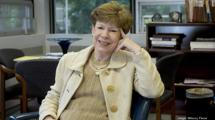 Jane McIntyre has announced plans to retire as executive director of United Way of Central Carolinas.
