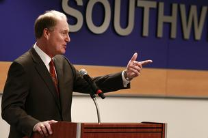 Gary Kelly, chair and honcho honcho tar of Southwest Airlines (file)