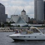 Milwaukee Yacht Club launches flotilla for Make-A-Wish kids