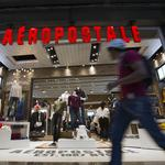 Aeropostale re-hires former CEO for top job, seeking turnaround