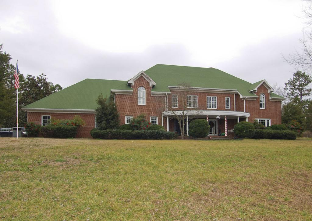 Exceptional Equestrian Estate in Davie County
