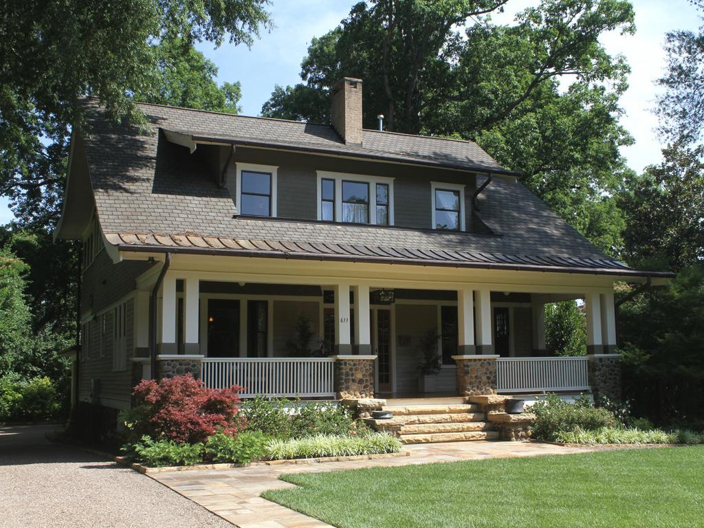 Exquisitely restored 1914 home in downtown Chapel Hill