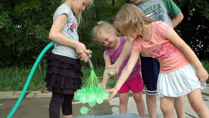 Bunch o' Balloons, based by Plano's Josh Malone, lets parents and children fill 100 water balloons in less than a minute.