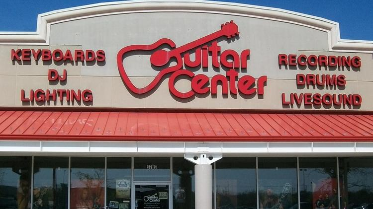 Starcom USA will handle media buying for the Guitar Center chain.