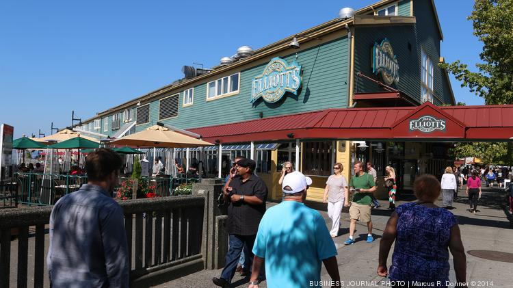 Elliott's Oyster House at Pier 56 on Seattle's waterfront is preparing to close for nine months to make way for seawall construction.