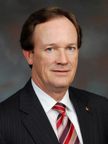 David Edmonds will retire as Regions Financial Corp.'s chief administrative officer.